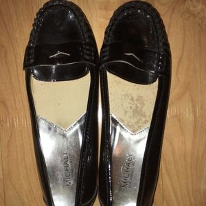 EUC Michael Kors Classic patent leather loafers 6
